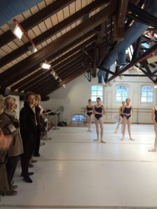 Girls morning class Ballett-Akademie Munchen and the Friends