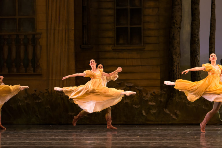 Artists of the ballet in John Cranko's Onegin Photo ©Francisco Estevez